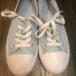 Light Blue Converse Size 6